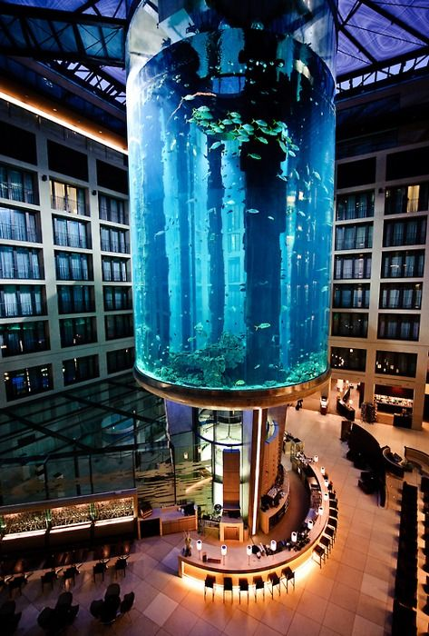 Aquadom, Berlin,