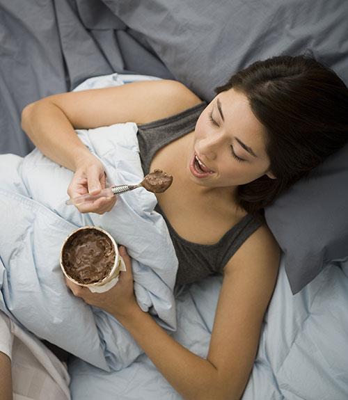 Avoid-eating-before-sleep