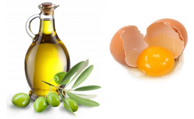 Egg-yolk-and-Olive-oil-mask