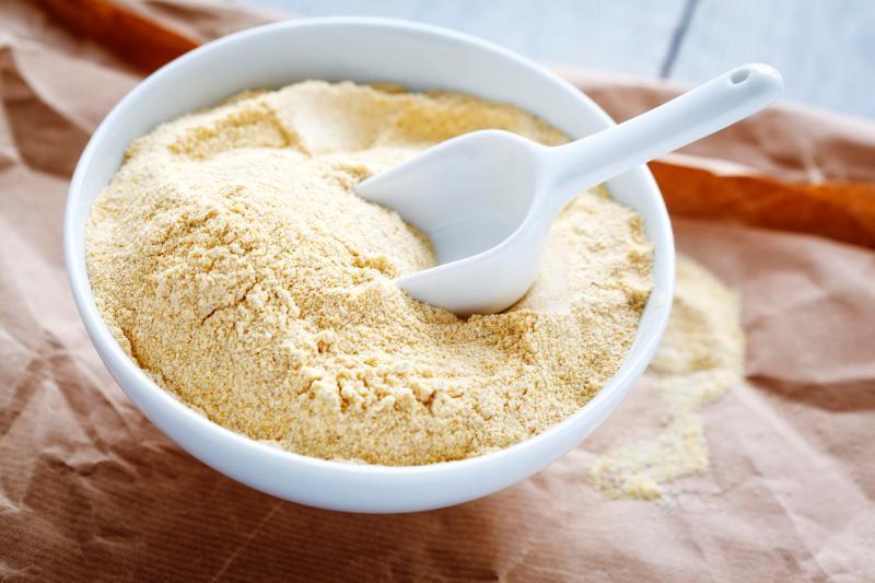 Gram-flour-for-dark-armpits
