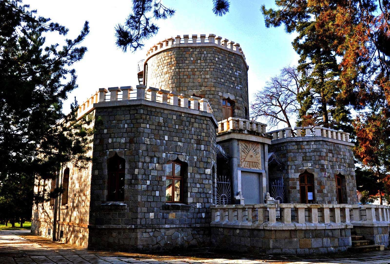 Iulia-Hasdeu-Castle