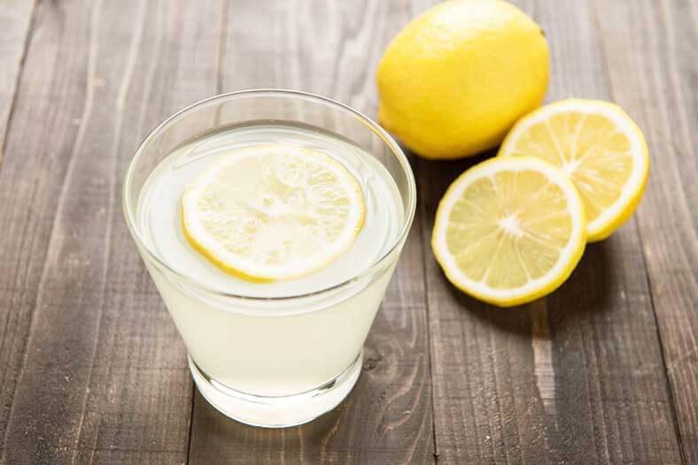 Lemon-juice-for-stretch-marks
