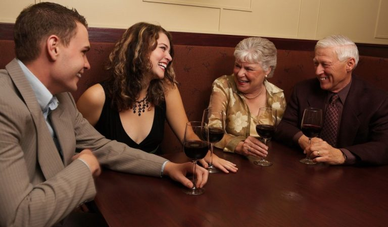 Meeting boyfriend's parents for the first time? Here are 10 tips that will help you get along with his parents
