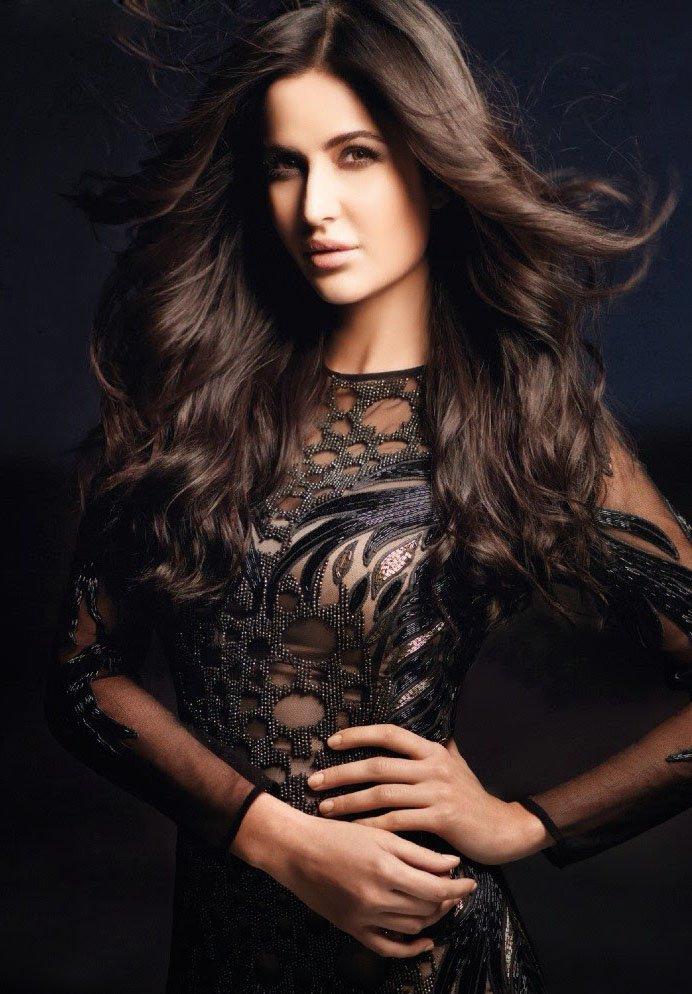 10-Bollywood-fashion-divas-we-all-envy