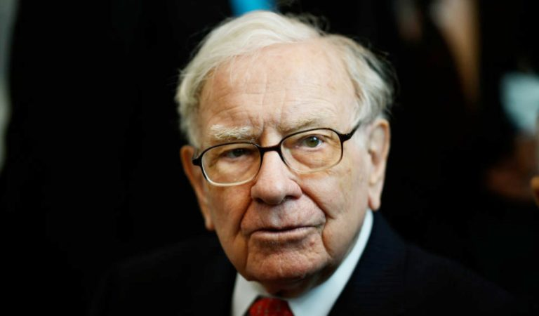 Warren Buffet – The Perfect example of Success. 10 things you must learn from his life